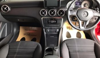 MERCEDES BENZ A180 YEAR 2015 full