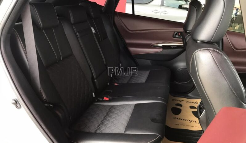 TOYOTA HARRIER 2.0 ELEGANCE YEAR 2015 full