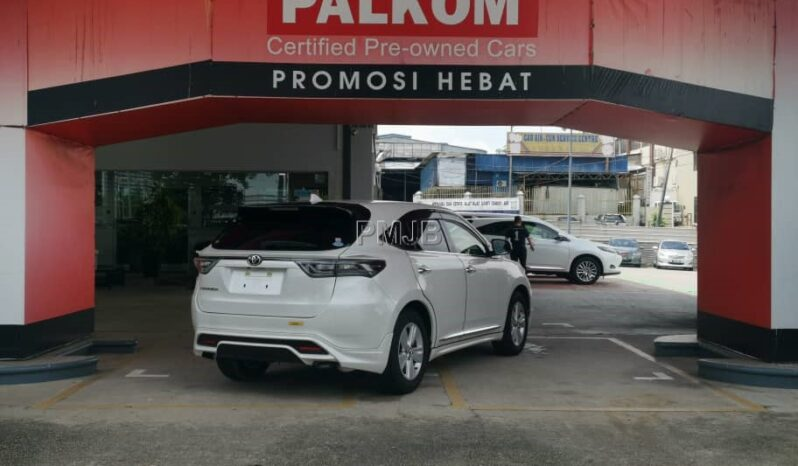 TOYOTA HARRIER 2.0 ELEGANCE FULL TRD BODYKIT YEAR 2017 full
